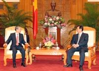 Thủ tướng Nguyễn Tấn Dũng tiếp Bộ trưởng Pháp chế Chính phủ Hàn Quốc