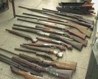 Kon Tum Thu giữ hàng loạt súng tự chế của công nhân cao su
