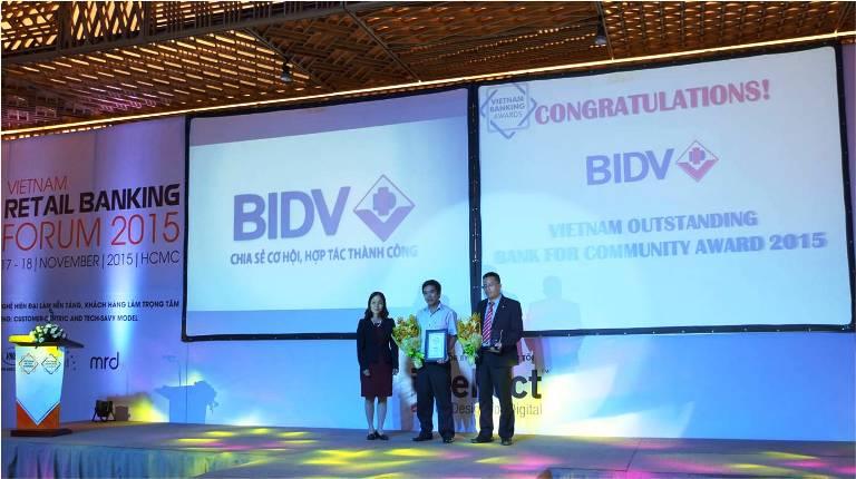 BIDV hai năm liên tiếp nhận giải thưởng Ngân hàng điện tử Việt Nam tiêu biểu