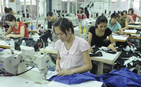 Luật Bảo hiểm xã hội và chính sách đối với lao động nữ