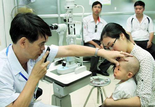 Hà Nội Vướng mắc trong triển khai Luật Bảo hiểm y tế sửa đổi, bổ sung