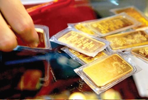 Ngày 31 3, giá vàng trong nước giảm theo giá vàng thế giới