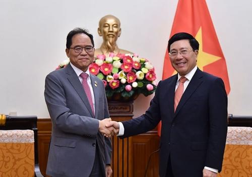 Tạo điều kiện thuận lợi cho các doanh nghiệp Hàn Quốc đầu tư, kinh doanh tại Việt Nam