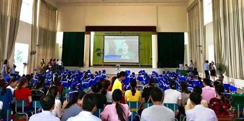 Thúc đẩy hợp tác sáng tạo thực hành giảng dạy tiếng Anh ở Việt Nam