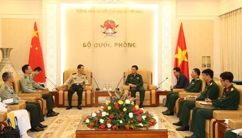 Thượng tướng Phan Văn Giang tiếp đoàn Đại học Quốc phòng Trung Quốc