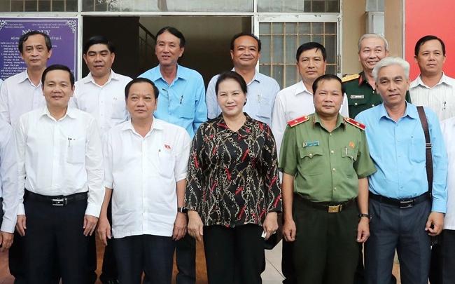 Chủ tịch Quốc hội Nguyễn Thị Kim Ngân tiếp xúc cử tri tại thị trấn Phong Điền TP Cần Thơ