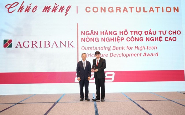 Agribankđược vinh danh 2 giải thưởng Ngân hàng Việt Nam tiêu biểu 2019