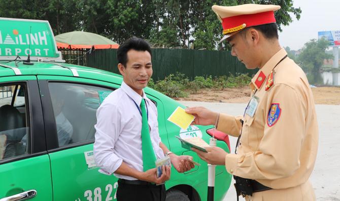 Lập Thạch Vĩnh Phúc  Siết chặt quản lý trật tự an toàn giao thông đường bộ