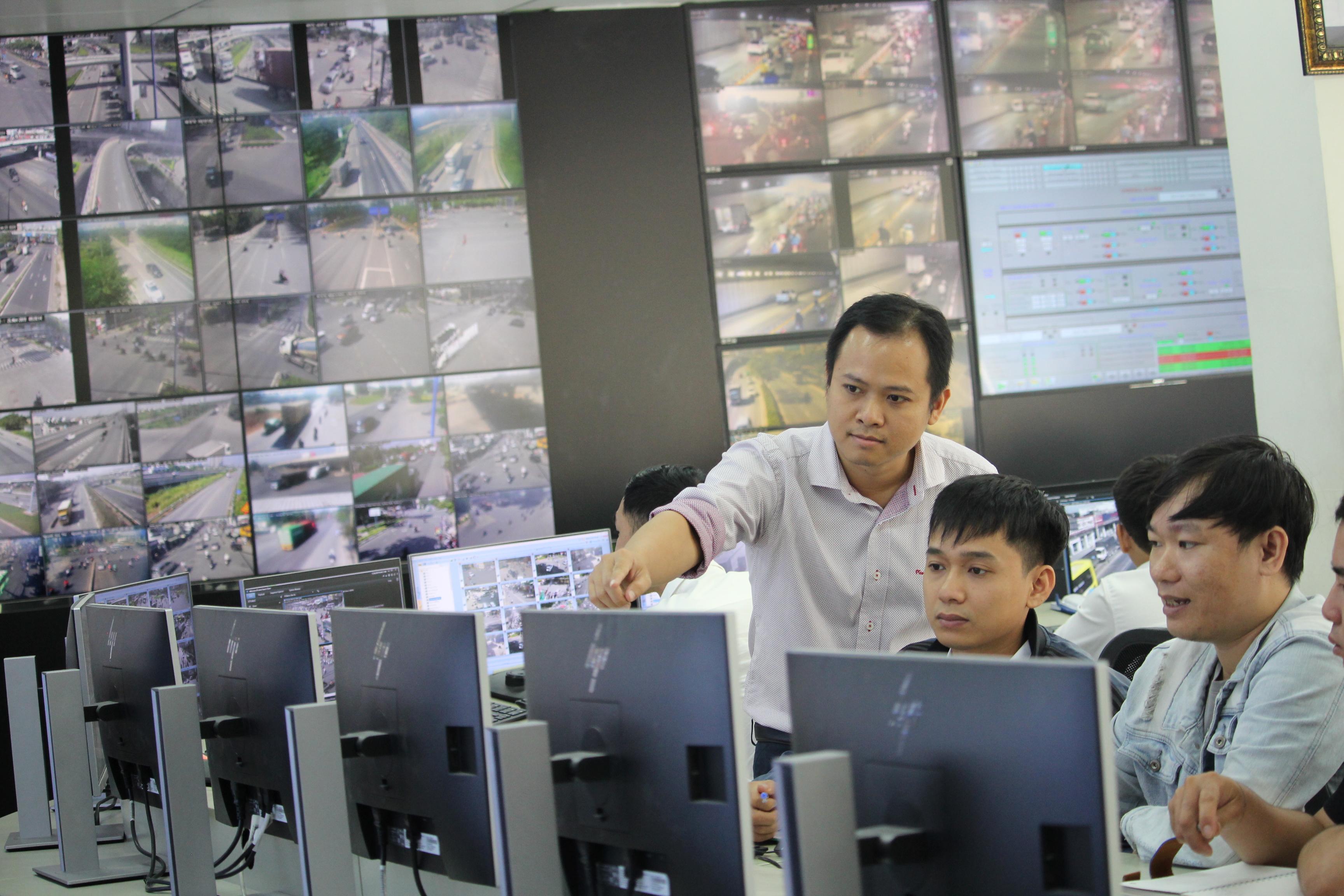 """""""Cây sáng kiến của đường hầm sông Sài Gòn"""