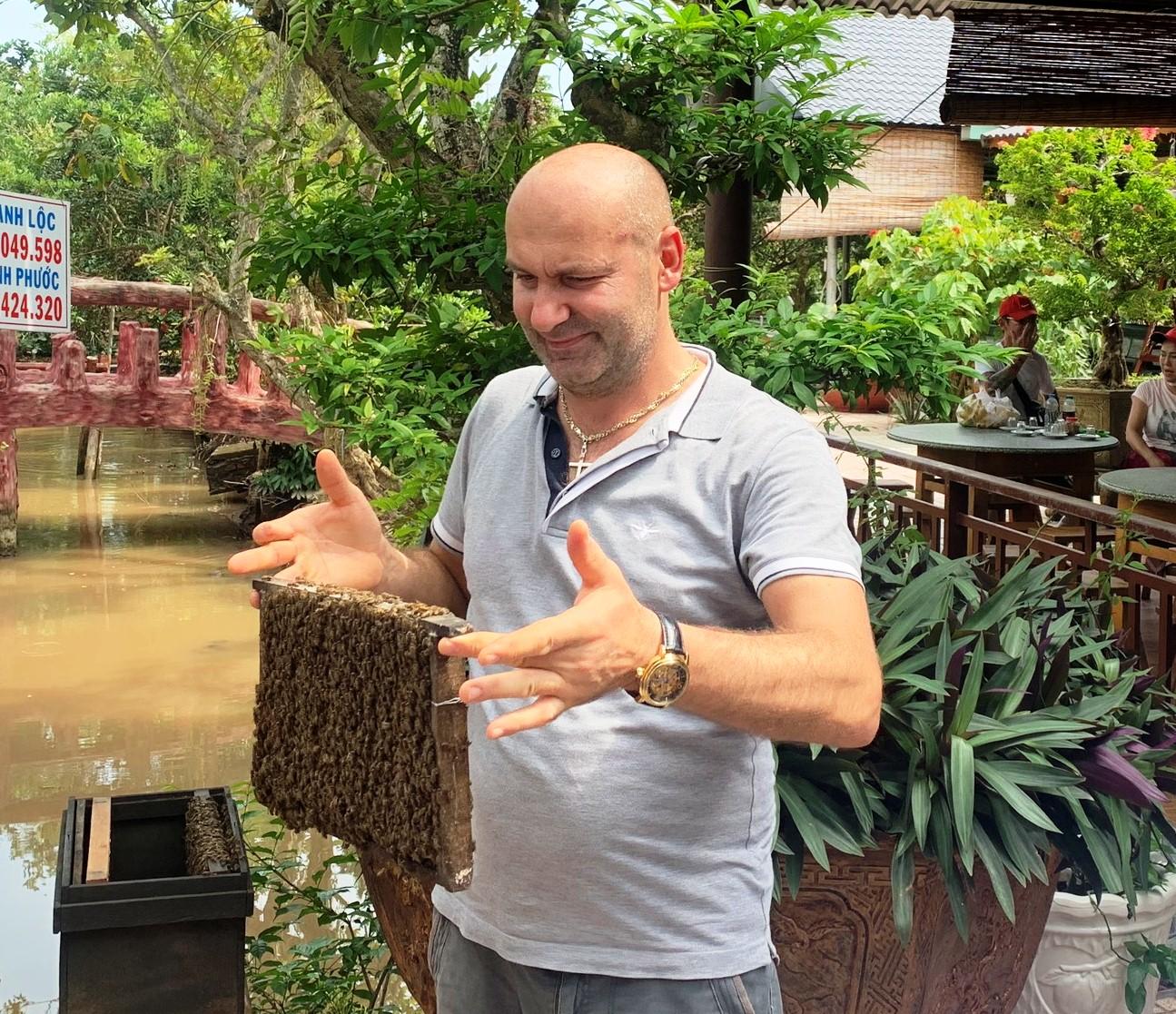 Khách quốc tế đến TP Hồ Chí Minh đạt hơn 7,7 triệu lượt