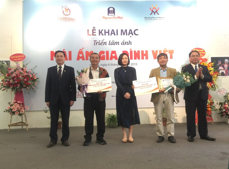 Mái ấm gia đình Việt - những thông điệp về hạnh phúc
