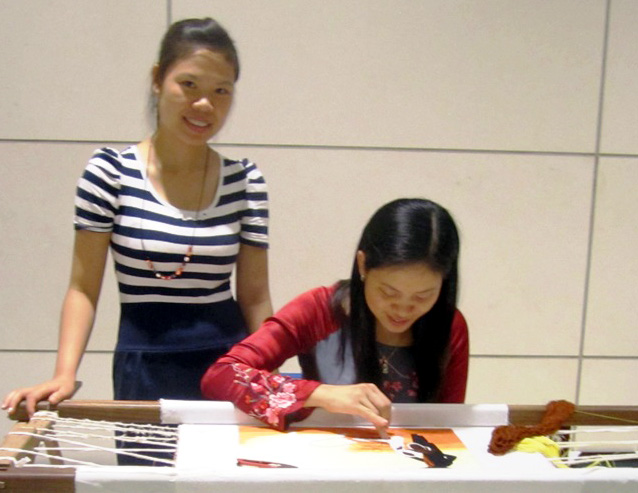 Phát huy vai trò hội viên phụ nữ trong phát triển nghề truyền thống