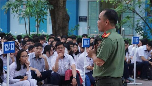 Tăng cường giáo dục đạo đức, lối sống cho học sinh, sinh viên