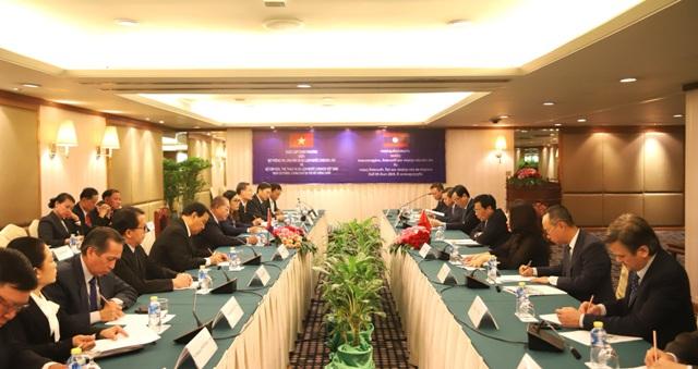 Đẩy mạnh hợp tác văn hóa, thể thao và du lịch Việt Nam - Lào