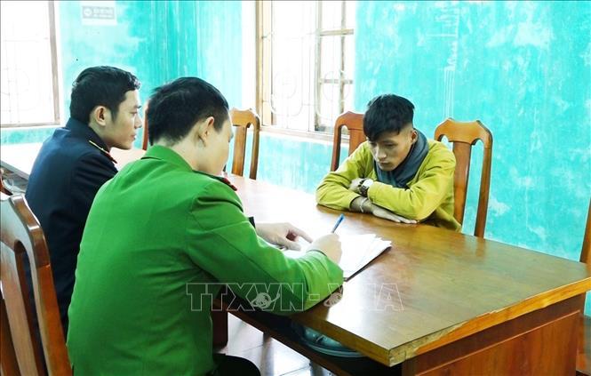 Quảng Bình Bắt giữ 2 đối tượng tàng trữ trái phép hơn 900 kg pháo