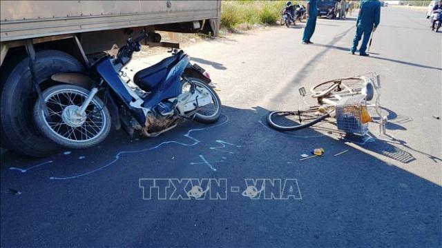 Bình Phước Xe máy gây tai nạn liên hoàn, một người tử vong