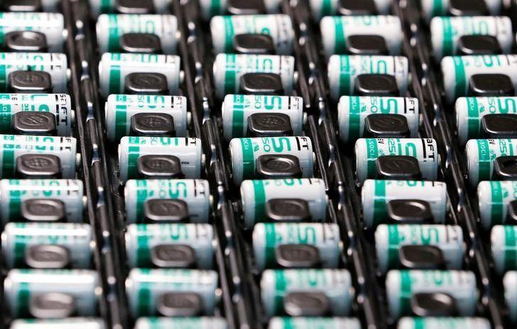 EU thông qua khoản trợ cấp 3,2 tỷ euro cho nghiên cứu pin xe điện