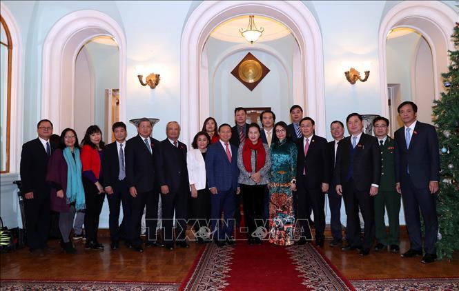 Đồng chí Nguyễn Thị Kim Ngân thăm Đại sứ quán Việt Nam tại Liên bang Nga