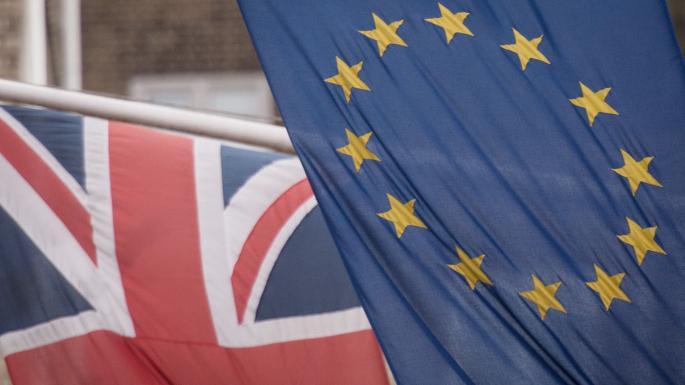 Kinh tế Anh tăng trưởng chậm nhất trong 10 năm