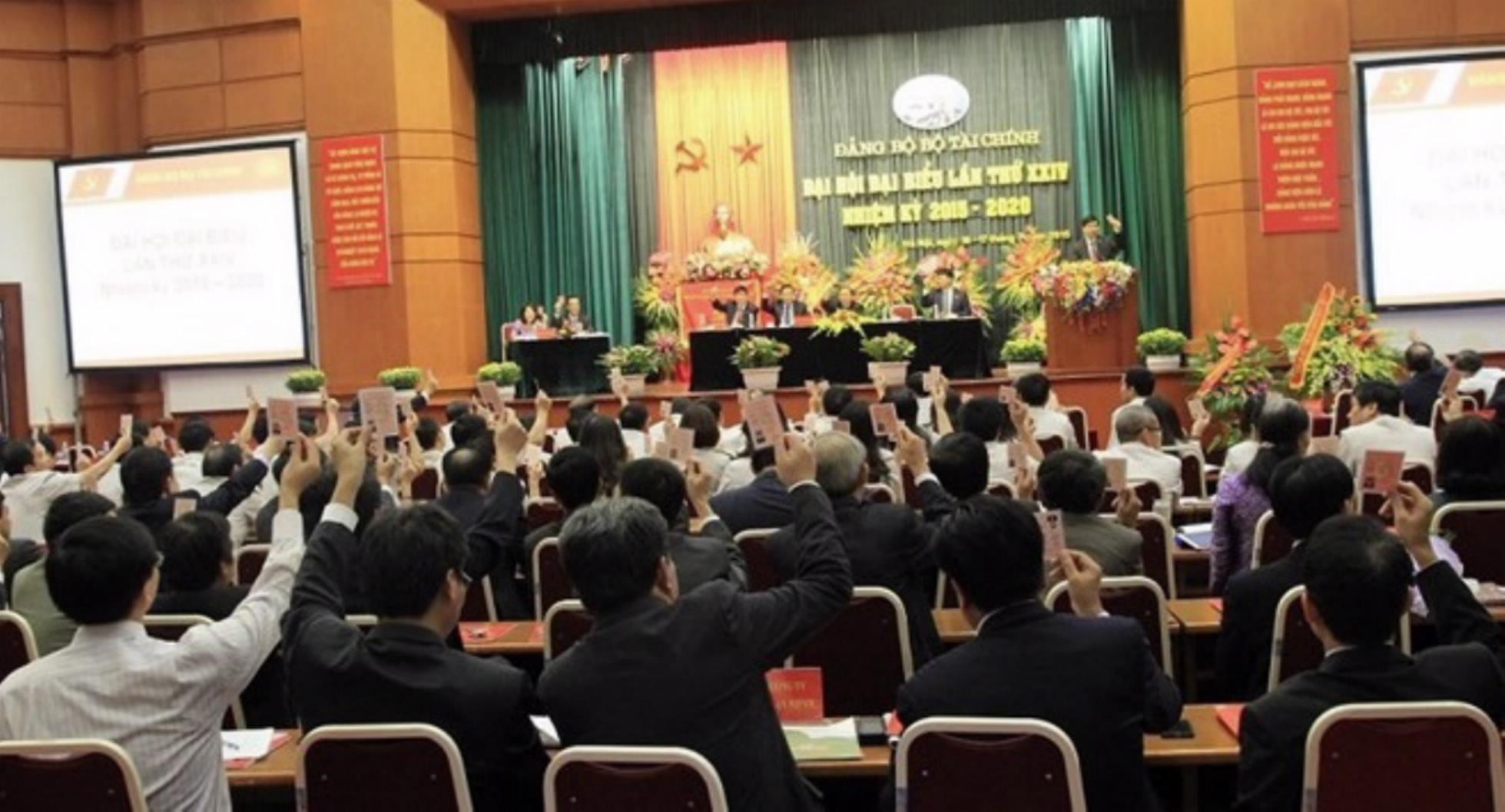 Bộ Tài chính triển khai nhiều hoạt động hướng tới Đại hội XIII của Đảng