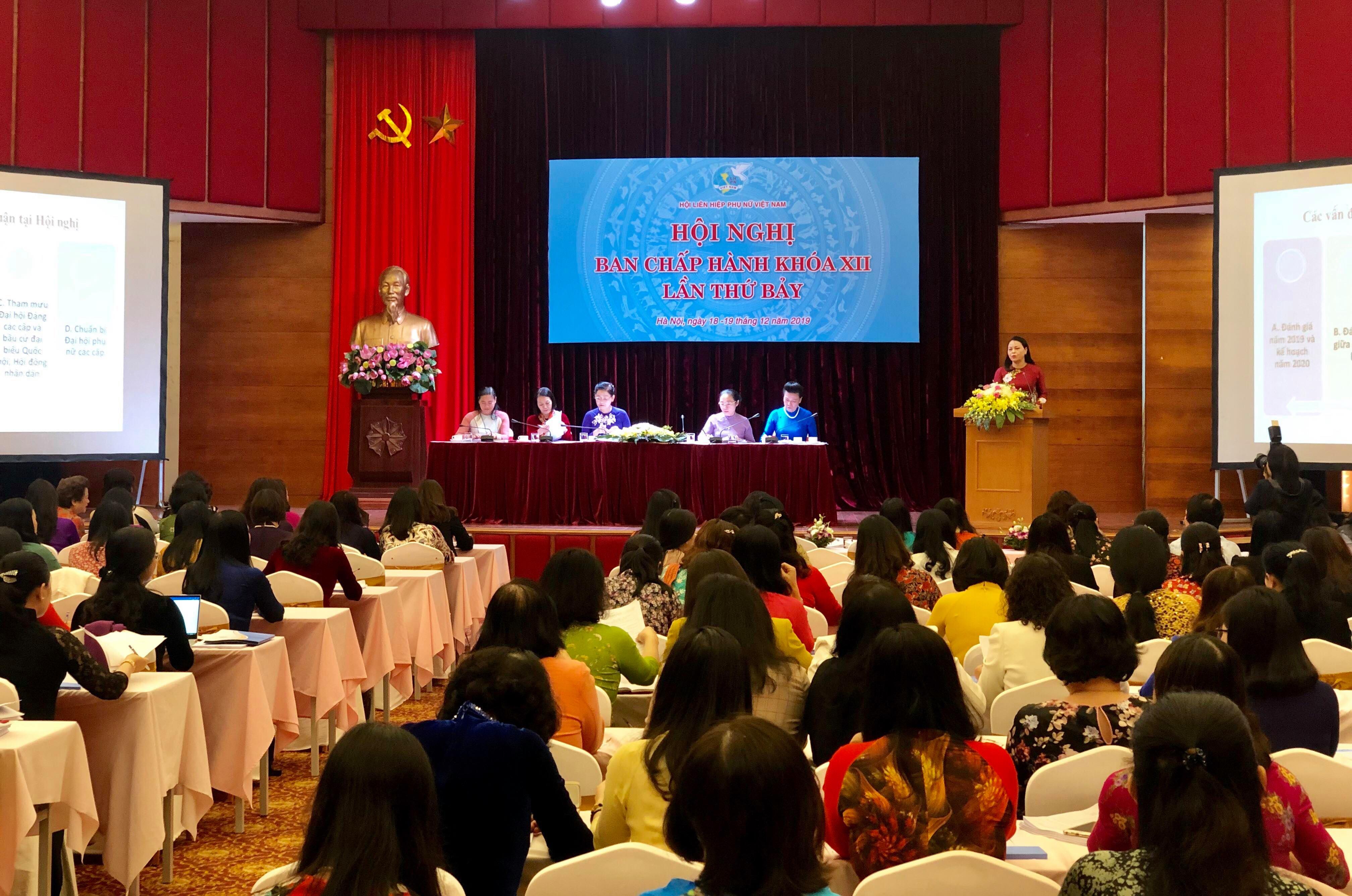 Khai mạc Hội nghị lần thứ 7 BCH Hội LHPN Việt Nam khóa XII