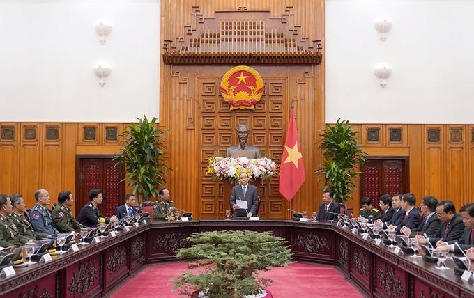 Thúc đẩy hợp tác quốc phòng Việt Nam - Lào - Campuchia