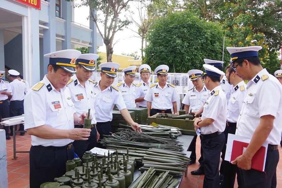 Quân chủng Hải quân học và làm theo Bác