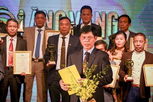 Tôn vinh 44 tài xế và 19 tập thể đoạt Giải thưởng Vô lăng vàng