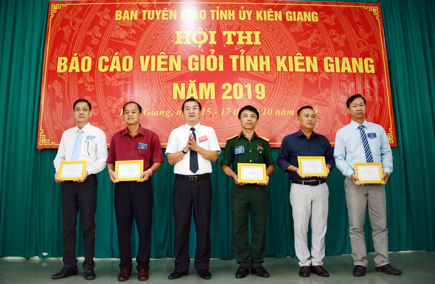 Kiên Giang phát huy vai trò đội ngũ báo cáo viên, tuyên truyền viên