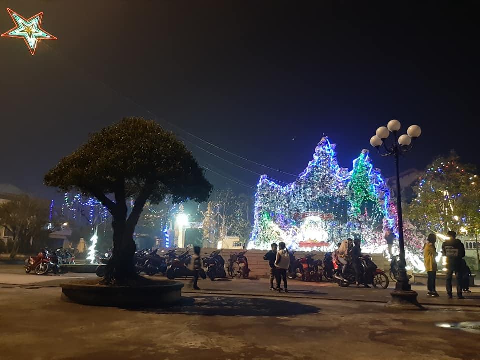 Không khí đón Giáng Sinh ở Hà Nam