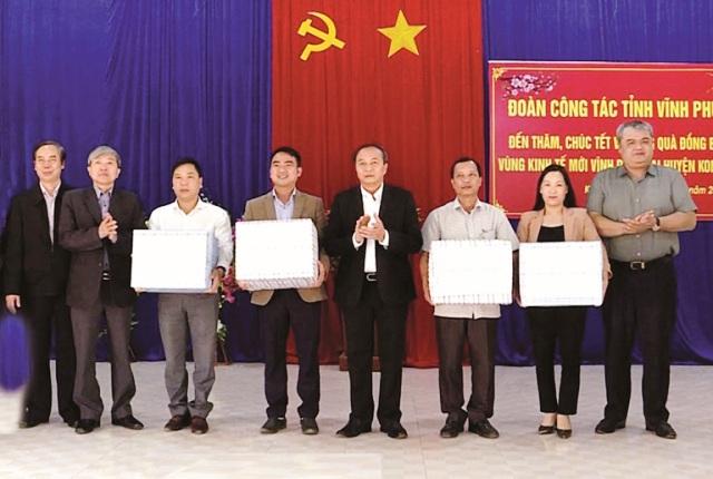 Thăm, chúc Tết nhân dân tỉnh Vĩnh Phúc xây dựng kinh tế mới tại tỉnh Gia Lai và tỉnh Kon Tum