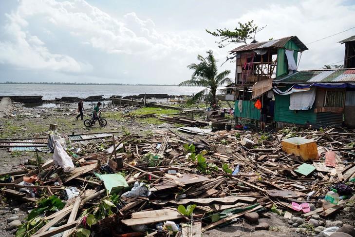Philippines 13 người thiệt mạng sau cơn bão Phanfone