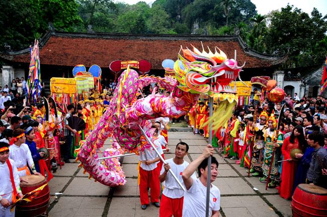 Múa rồng đất Thăng Long - Hà Nội