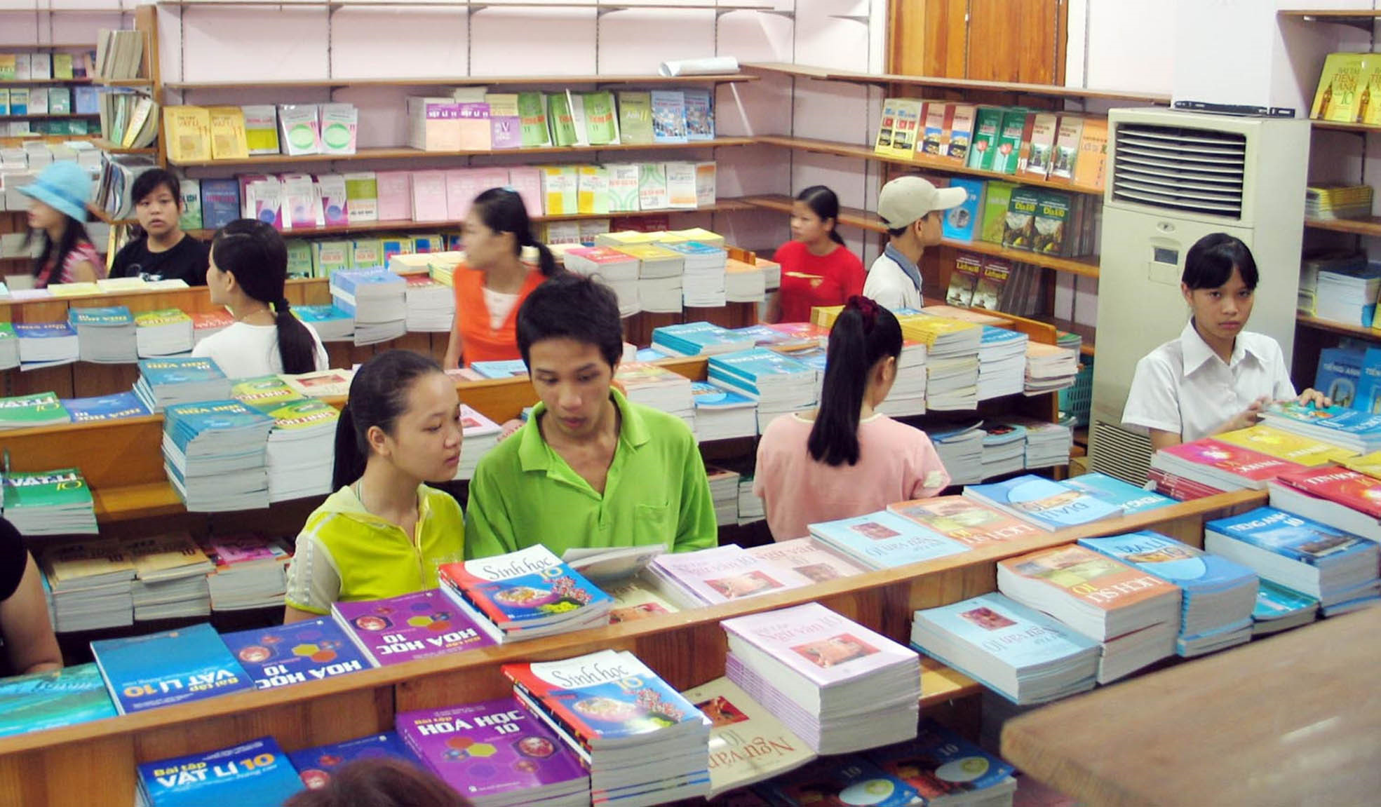 Công bố giá sách giáo khoa lớp 1 trước 15 2 2020