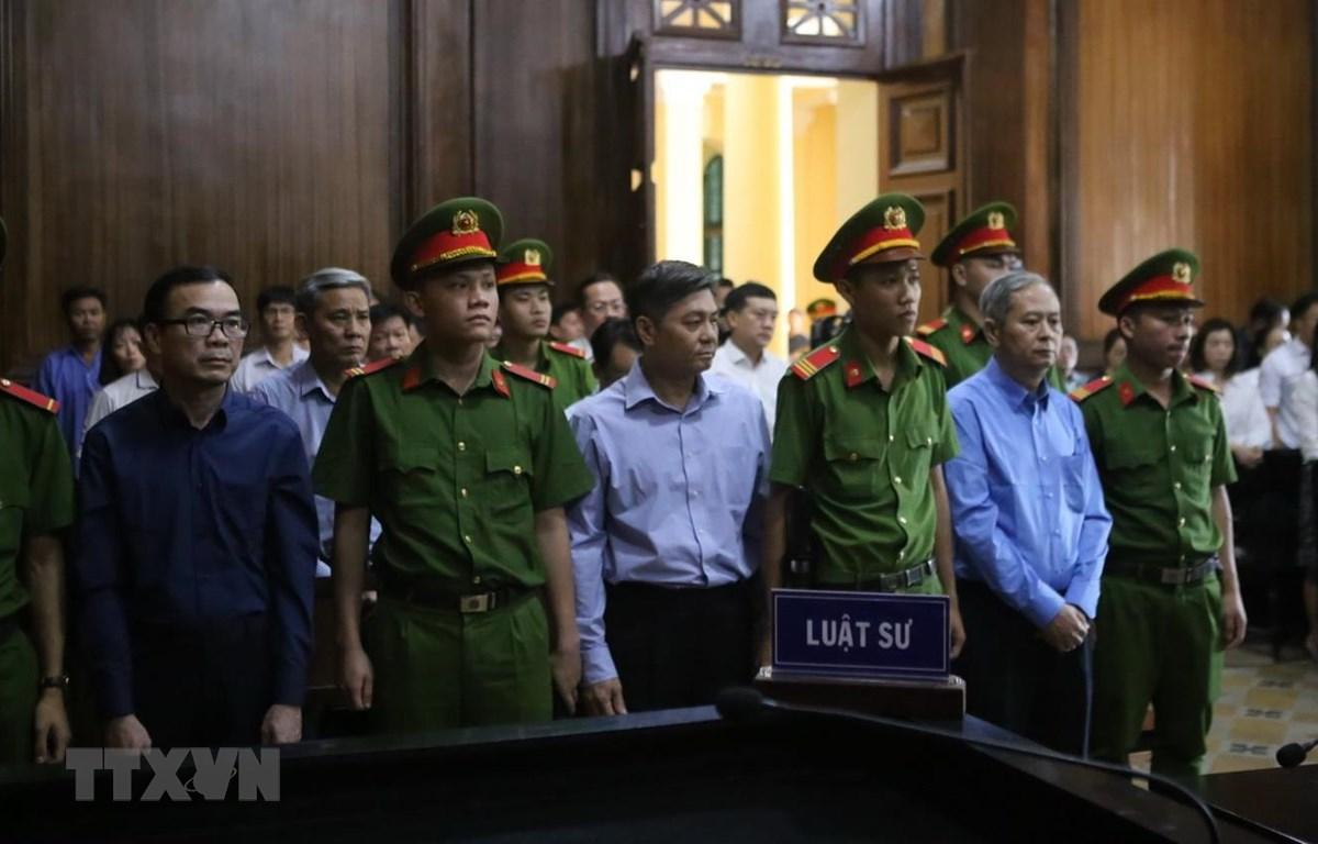 Nguyên Phó Chủ tịch UBND TP Hồ Chí Minh Nguyễn Hữu Tín lĩnh án 7 năm tù