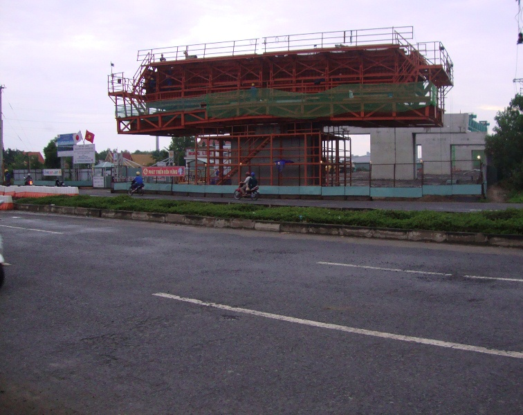 Đồng Nai bàn giao gần 100 diện tích đất cần thu hồi cho dự án cao tốc Bến Lức - Long Thành