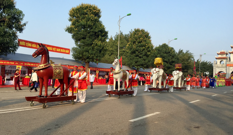 Hà Nội công bố số điện thoại đường dây nóng xử lý thông tin về lễ hội