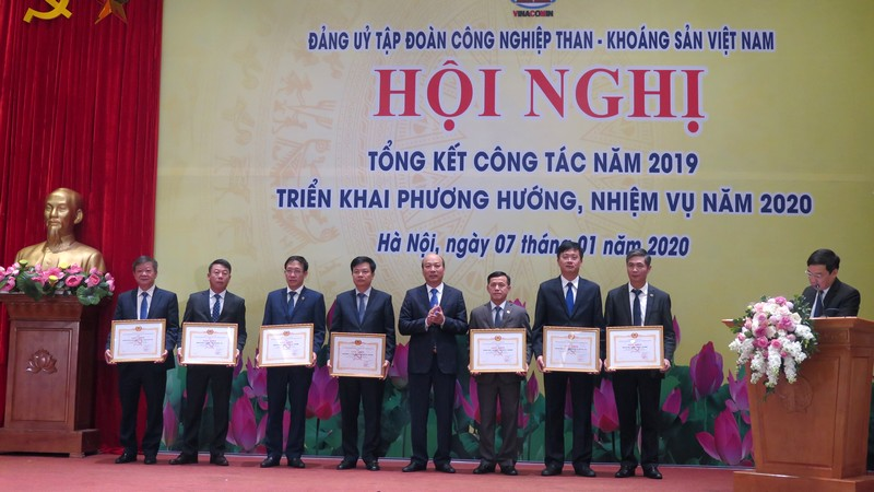 Đảng ủy Công ty Tuyển than Cửa Ông là đơn vị tổ chức đại hội điểm