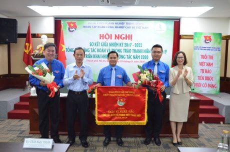 Tuổi trẻ Tập đoàn Công nghiệp Cao su Việt Nam thực hiện 342 công trình, phần việc thanh niên