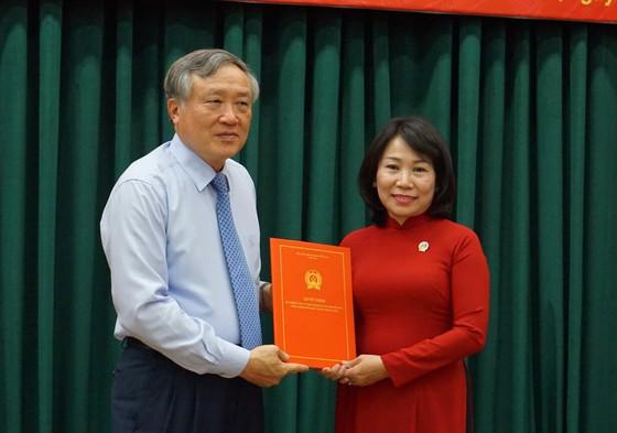 Trao quyết định bổ nhiệm Phó Chánh án TAND TP Hồ Chí Minh