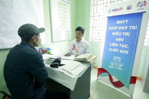 Đề xuất thêm đối tượng được cấp miễn phí thuốc kháng HIV