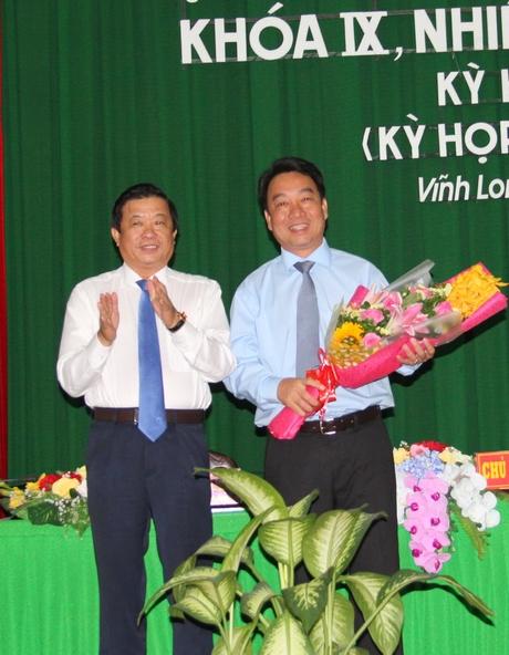 Đồng chí Lữ Quang Ngời được bầu giữ chức Chủ tịch UBND tỉnh Vĩnh Long