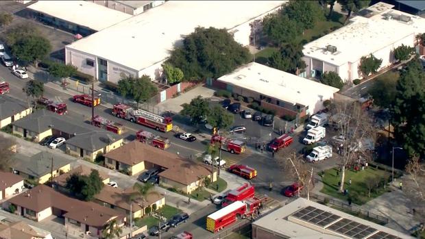 Máy bay xả nhiên liệu, rơi trúng 6 trường học tại Los Angeles