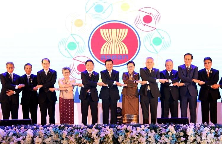 Hợp tác kinh tế Một trong 3 trụ cột chính trong hợp tác Việt Nam - ASEAN
