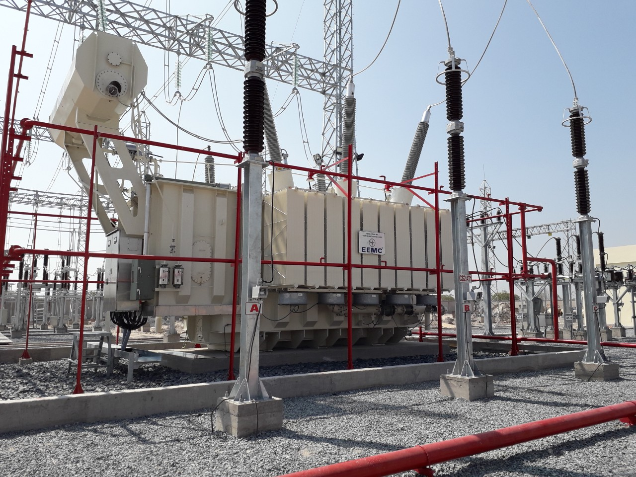 Đóng điện công trình trạm biến áp 220kV Phan Rí và đường dây đấu nối