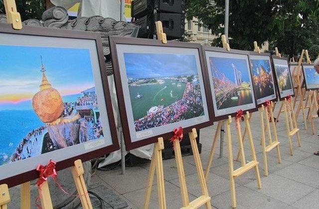 Triển lãm ảnh về đất nước, con người ASEAN