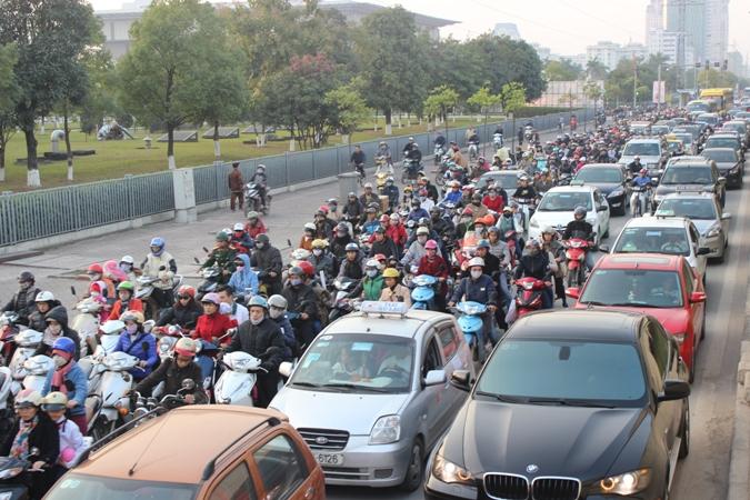 Công bố đường đây nóng đảm bảo trật tự an toàn giao thông dịp Tết
