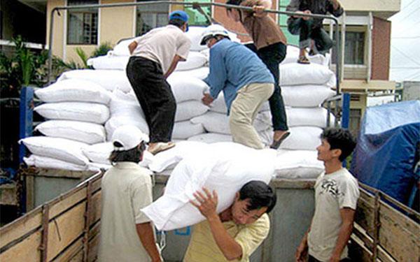 Quảng Bình Phân bổ hơn 800 tấn gạo để cứu đói cho nhân dân