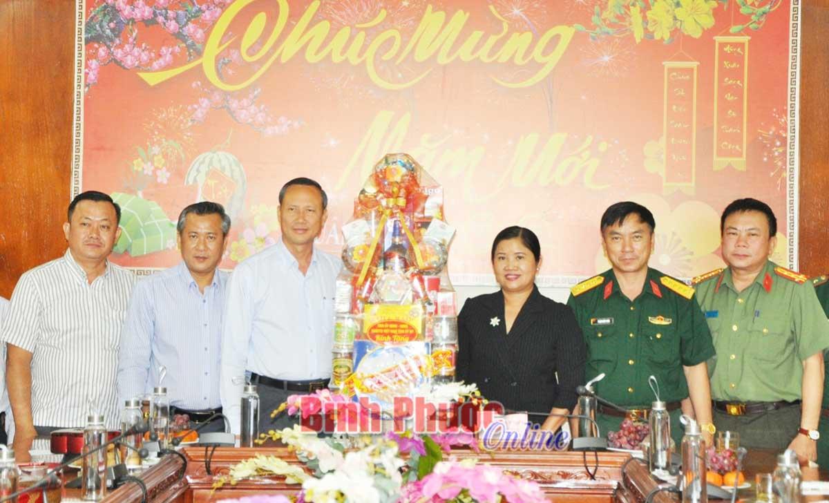 Bình Phước Kiểm tra công tác phục vụ nhân dân đón Tết