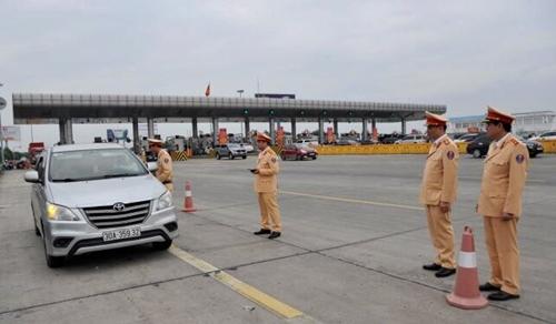 Kiểm tra công tác xử lý vi phạm nồng độ cồn trên cao tốc Hà Nội – Hải Phòng